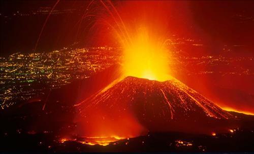 Mơ thấy núi lửa phun trào là điềm báo gì ? Lành hay dữ ?