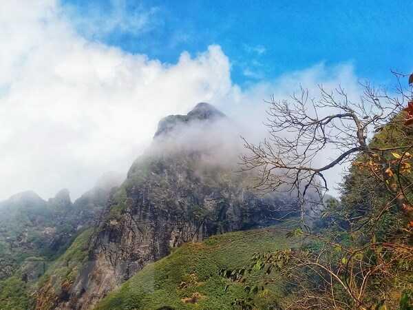Mơ thấy núi có điềm báo gì? Đánh con gì chắc ăn nhất ?